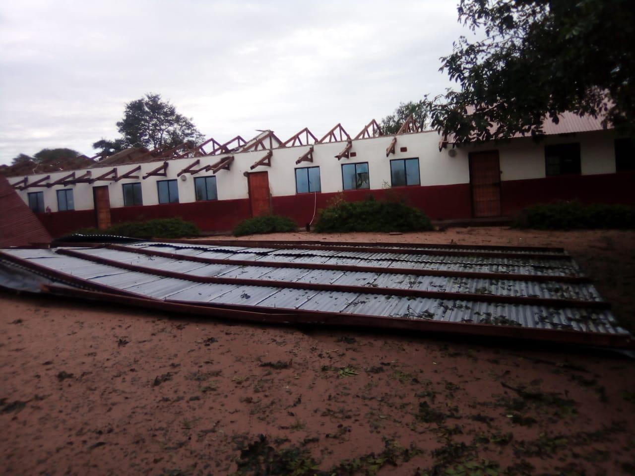"Notfallprojekt ""Asibuyeni Primary School"""